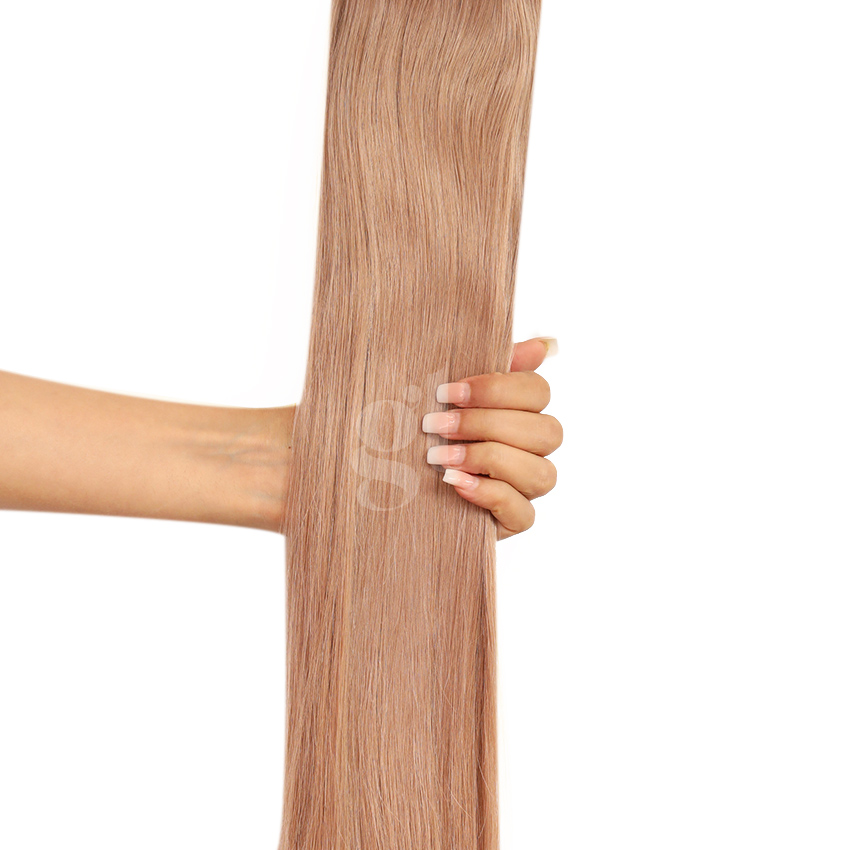 #18A Ash Honey Blonde – 18″ – 0.5g – iTip – Athena (50 strands)